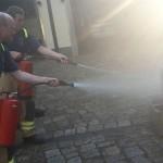 Training mit den Feuerlöschern